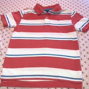 Tommy Hilfiger GUC Boys Top size (8-10)🚗